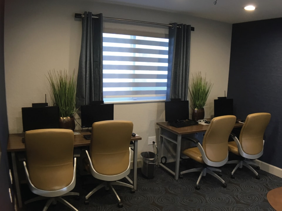 River Oaks Computer Center
