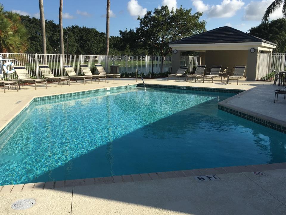 River Oaks Pool