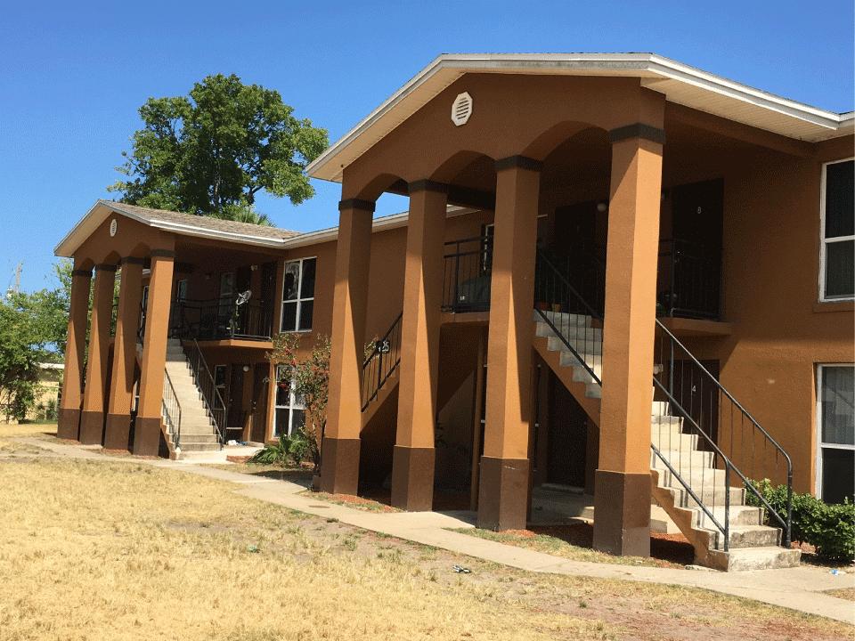 Gardens of Daytona - Building Front View