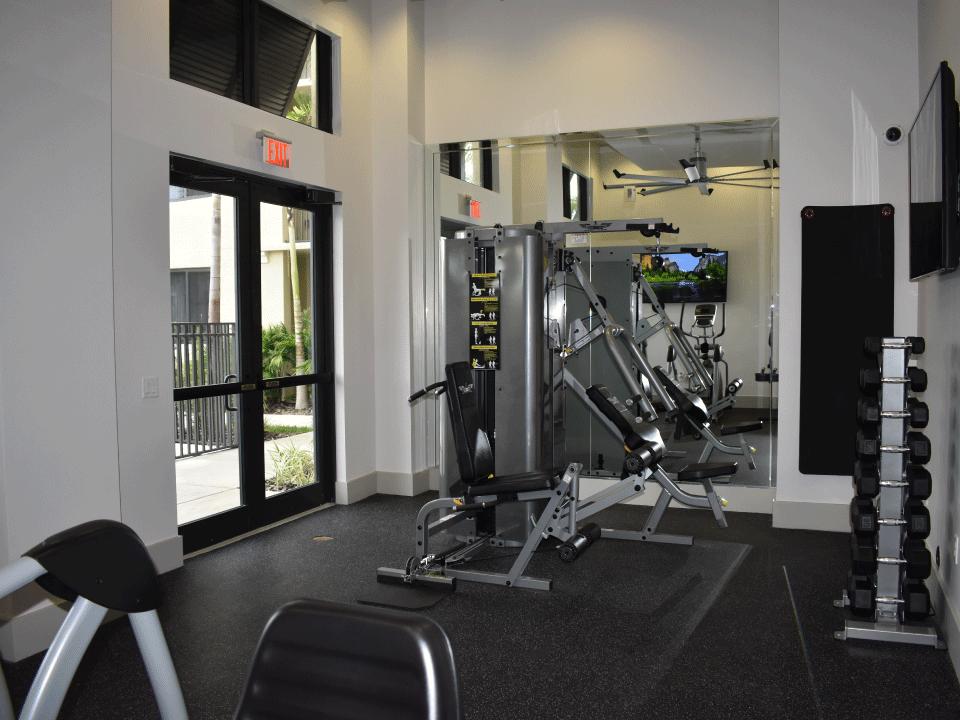 Keys Crossing - Weight Room